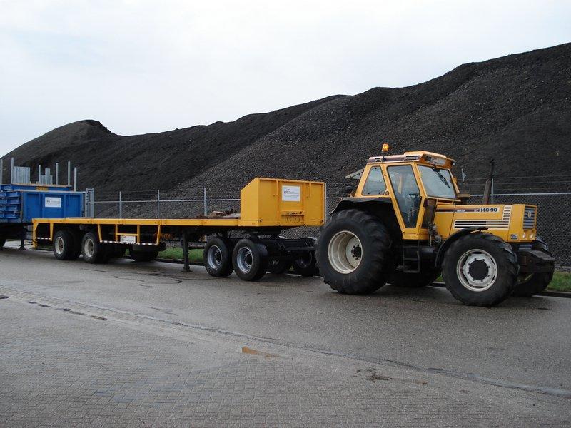 FIAT tractor 4x4 140hp