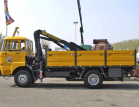 DAF 1800 including crane: TRUCK for rent Nigeria