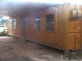 LIVING QUARTER CONTAINER / 2 ROOMS INCL. SHOWER: 40FT STEEL CONTAINER side view for rent Nigeria