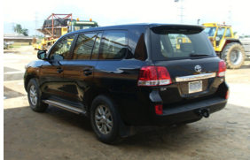 Toyota  Landcruiser V8: CARS AND JEEPS back view for rent Nigeria